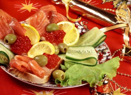"""Новогодняя закуска """"Помидоры фаршированные креветками"""""""