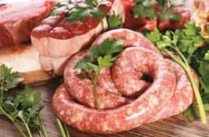 Колбасы и мясо
