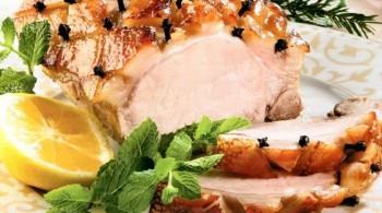 Свинина в глазури. Запеченная свинина с тертым сыром мясо по — французски